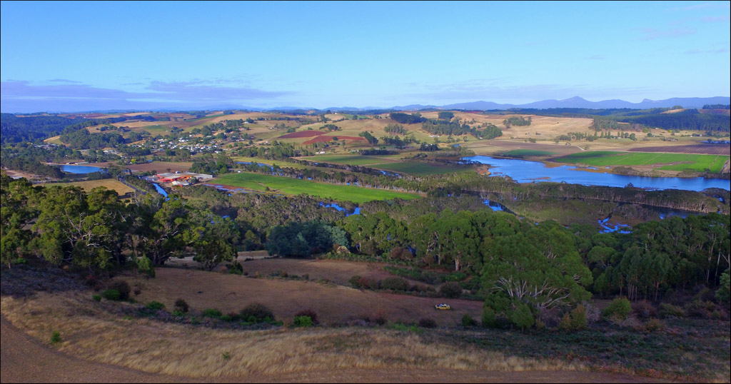 Click image for larger version  Name:Forth River valley.jpg Views:1 Size:190.3 KB ID:30436