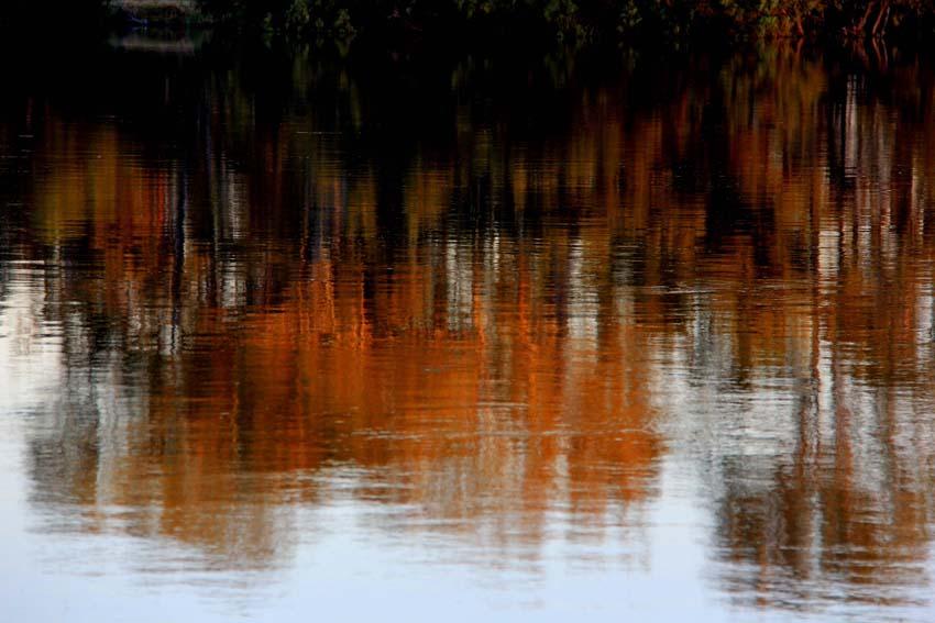Name:  autumn reflections.jpg Views: 1 Size:  93.1 KB