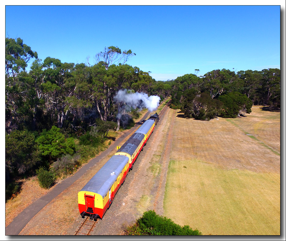 Click image for larger version  Name:Going North.jpg Views:1 Size:300.0 KB ID:31400