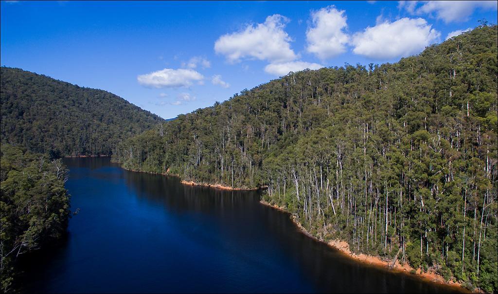 Click image for larger version  Name:Lake 3 .jpg Views:1 Size:375.6 KB ID:31798