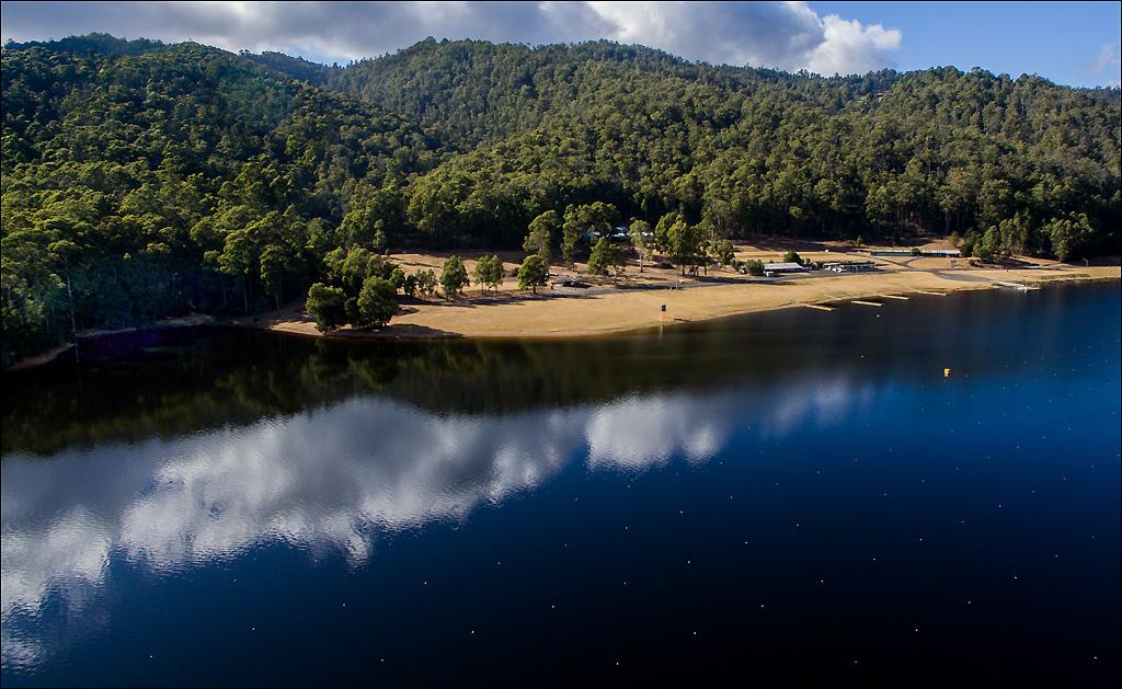 Click image for larger version  Name:Lake 2 .jpg Views:1 Size:347.3 KB ID:31799
